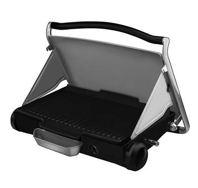 The George 2go Propane Grill GP200: Enjoy propane grilling outside with this large silver grill from George Foreman.