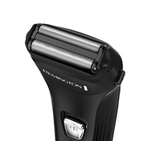 F2 Power Series Shaver with Foil Flex Technology