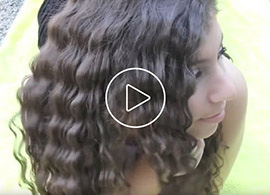 Wet 2 Waves Hair Waver Blogger Reviews Video Thumbnail