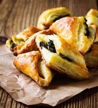 BLACK+DECKER Spinach & Cheese Pocket Recipe Image