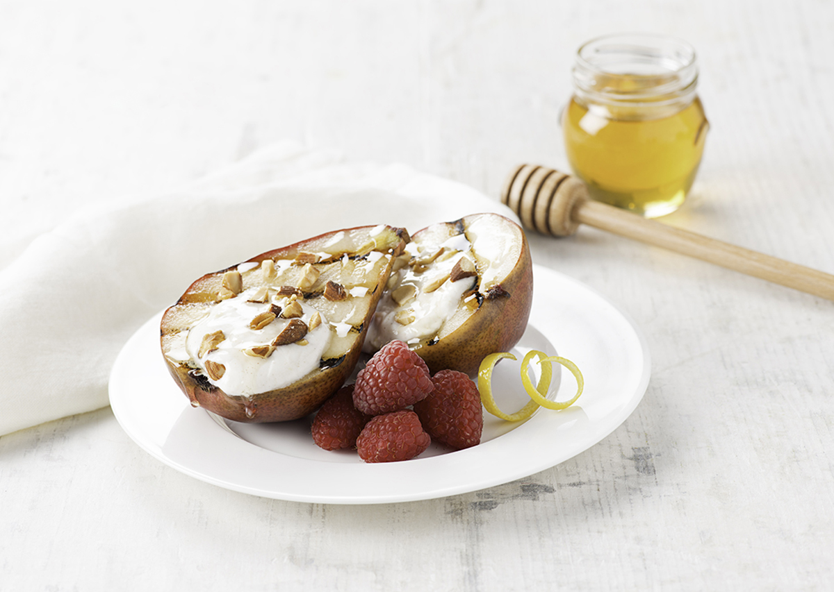 Grilled Pears with Honeyed Yogurt