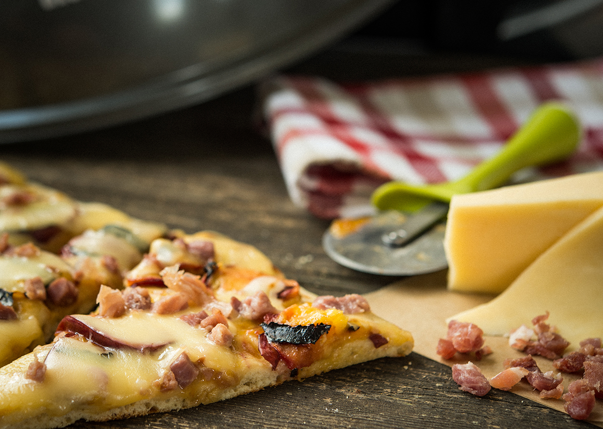 Apricot Smoked Gouda and Prosciutto Flatbread
