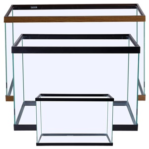 Choose from a variety of rectangular glass aquariums and tanks.